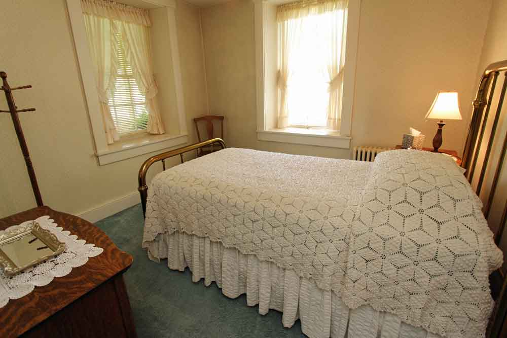 Lancaster PA Farmstay at Meadow View K Farm Guest House