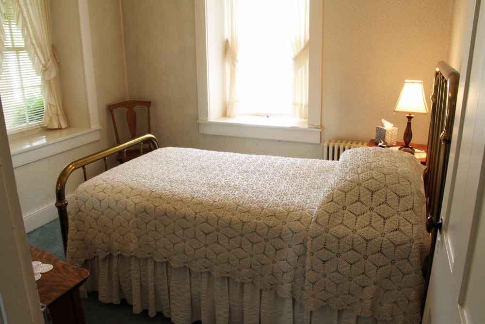 3 bedroom Lancaster vacation rental